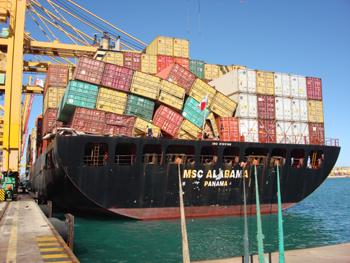 Veintepies el msc alabama llega al puerto de valencia en arribada forzosa - Contenedores de barco ...