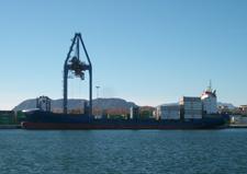 http://www.veintepies.com/images/foto07/buque_Neuburg.JPG